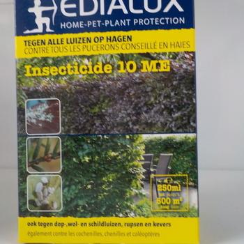 insecticide 10 ME tegen alle luizen op hagen