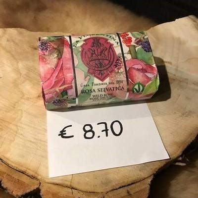 Handgemaakte zeep wilde roos 200g
