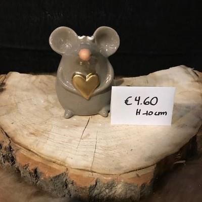 Muis met gouden hartje 10cm